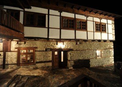 Ресторан Пупина Куќа